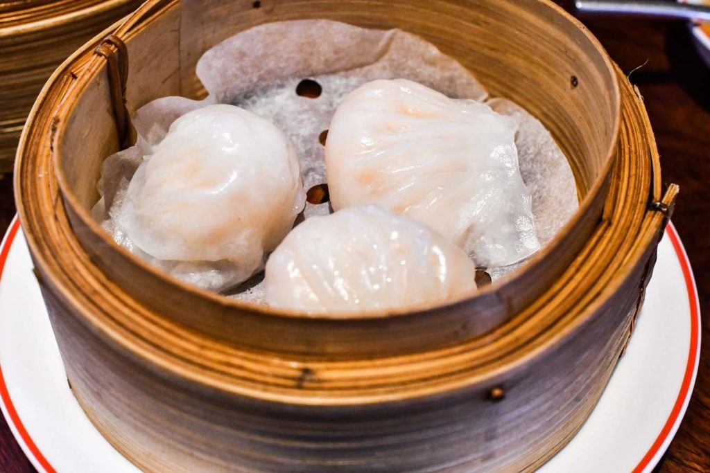 Eating har gao in guangzhou is a nessecity! Order up a steamer at the guangzhou restaurant