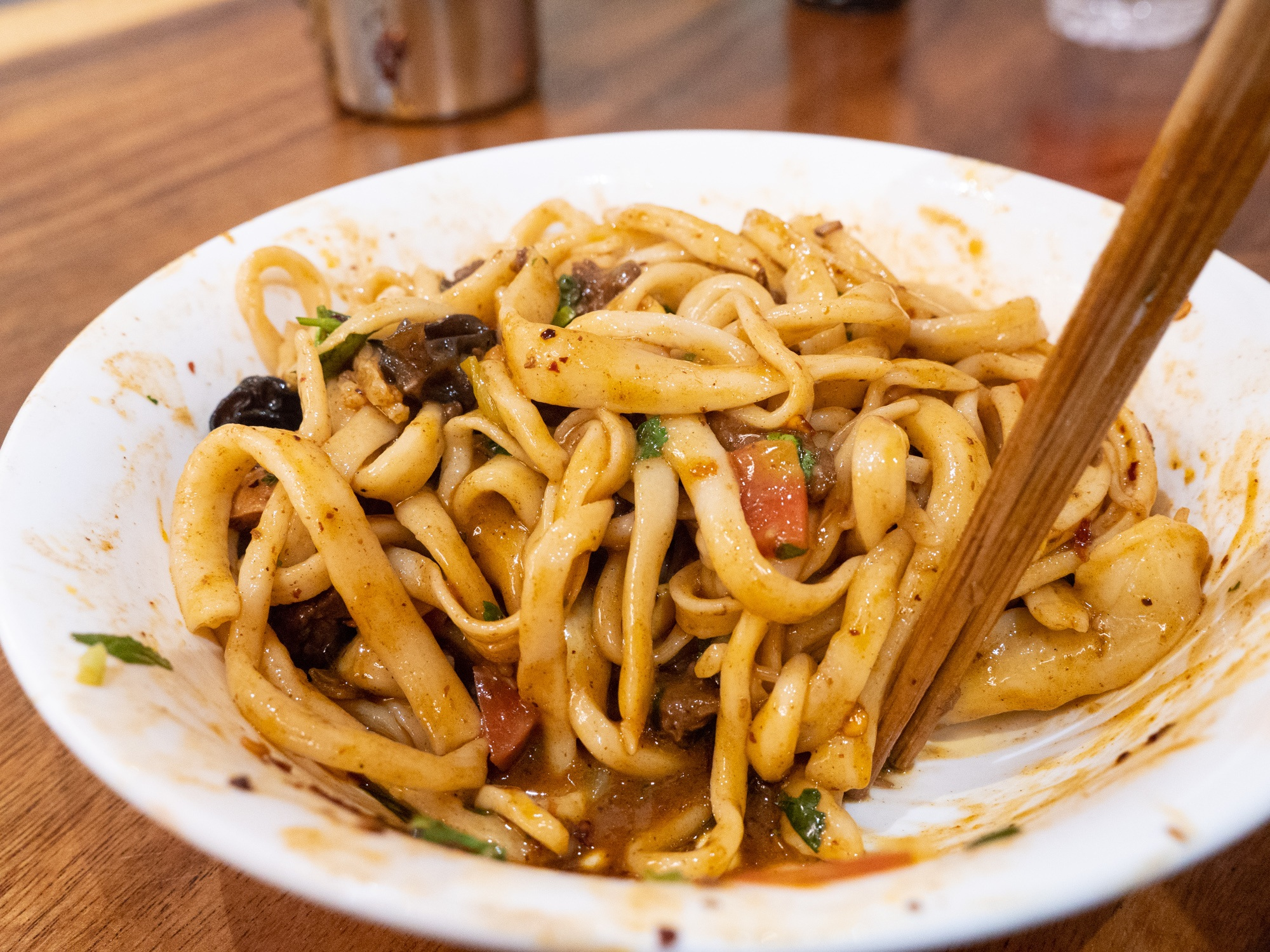 Xian food tour liuxiangmian and gungun mian