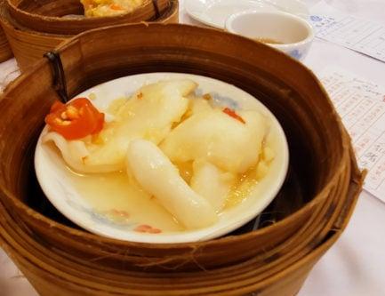 steamed garlic squid dim sum dish in hong kong